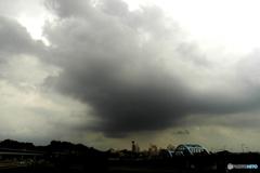 「恐怖な雲」暗い雲