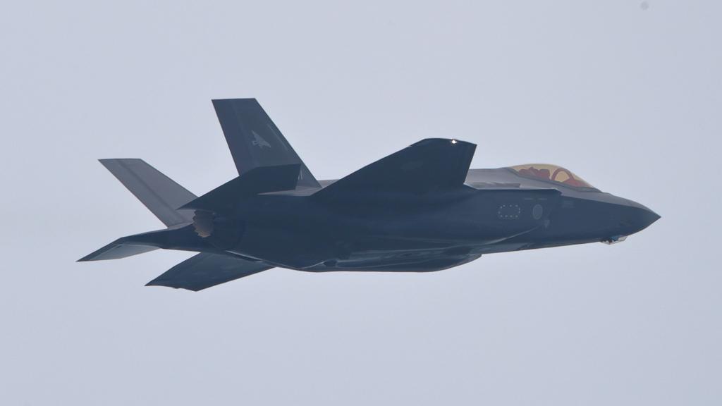 F-35A_302SQ_9393