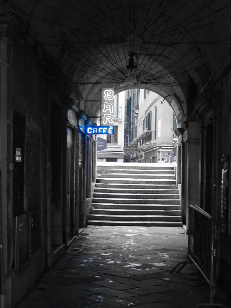 ヴェネチアのバー
