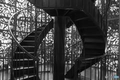 螺旋階段とステンドグラス その3