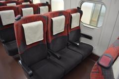 E7系普通車座席