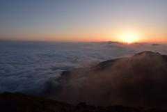 久住山から雲海を望んで