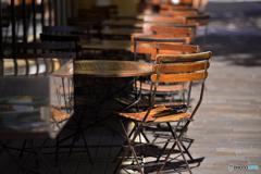 日向の椅子