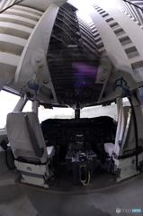 模擬飛行装置---シュミレーター