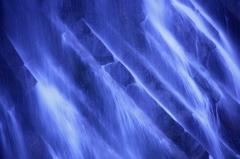 神宿る滝2