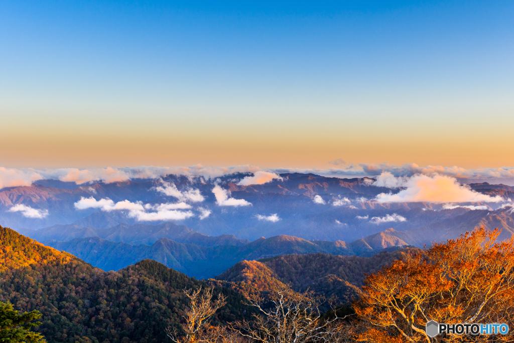 朝の大台ヶ原の雲海