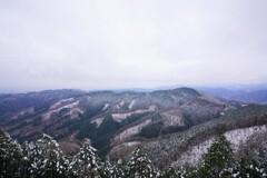 景信山より