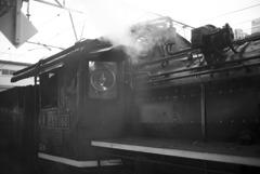 蒸気機関車到着