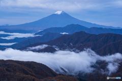 雁ヶ腹摺山からの夜明け