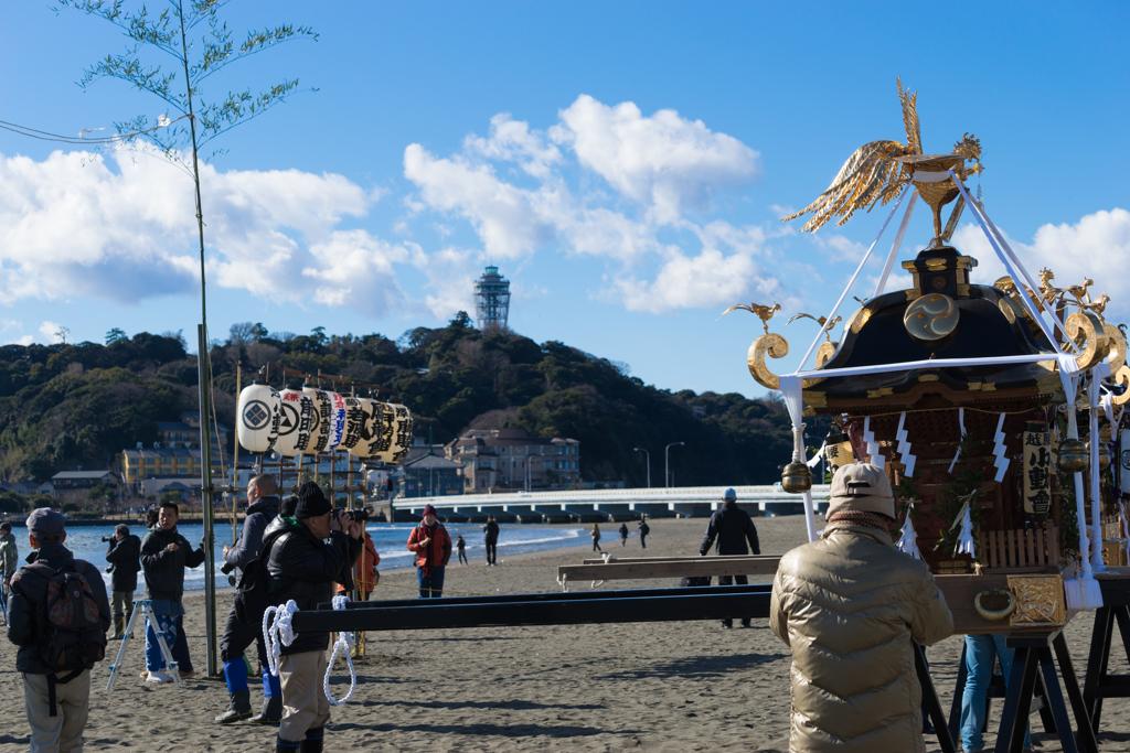 江ノ島東浜寒中神輿