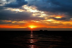 海越しの立山連峰 日の出