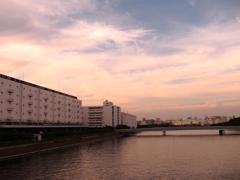 水辺の夕景~創られた夕景~