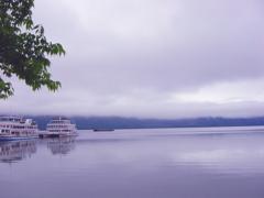 朝の十和田湖  - silent -