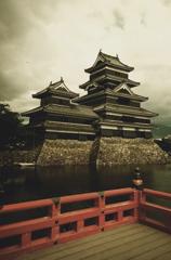 松本城 III