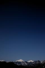今日の空・白い嶺