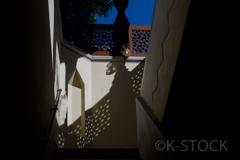 光と影の階段ホール