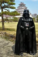 鶴ヶ城とダース・ベイダー