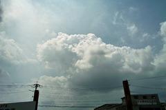 排気ガスに苦しむ雲