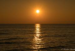 まんまる夕陽