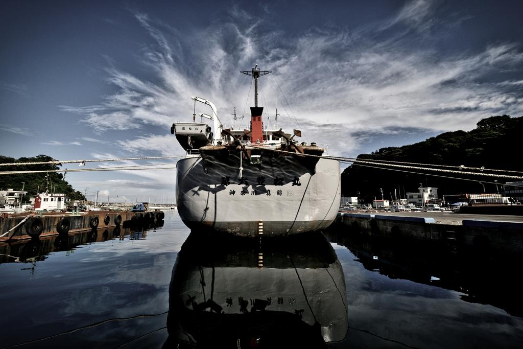 ドラマチック作業船