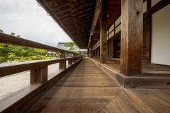 世界文化遺産・曹源池庭園と天龍寺