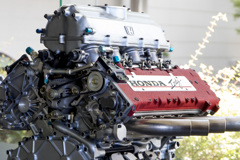 MUGEN 無限 | Indy V8 Turbo Engine, 1