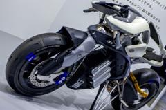 Yamaha MOTOROiD Concept | 3