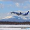 冬の山と飛行機Ⅱ