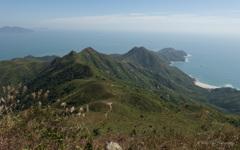 蚺蛇尖の頂上から見た美しい山々