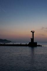 突堤の夕暮れ