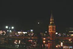 街角散歩 からくり時計と月