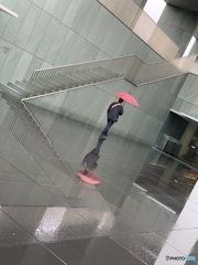 雨でうつる