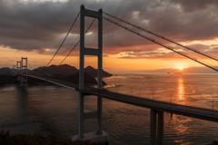 来島海峡の夜明け