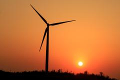 風車と夕日