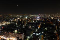 三日月の晩に(大阪の展望台めぐりより)