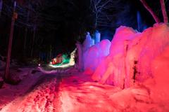雪と氷の散策路