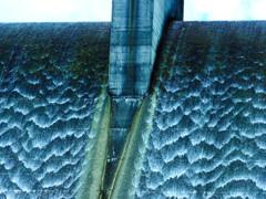 水カーテン
