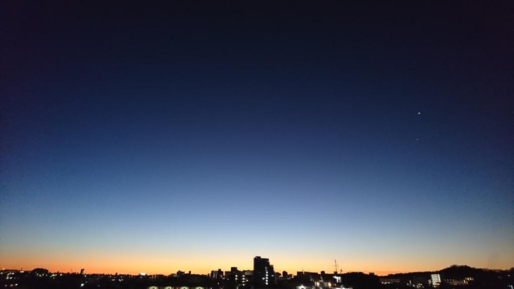 夜明け前の金星と木星