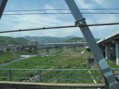 新幹線と並走!?
