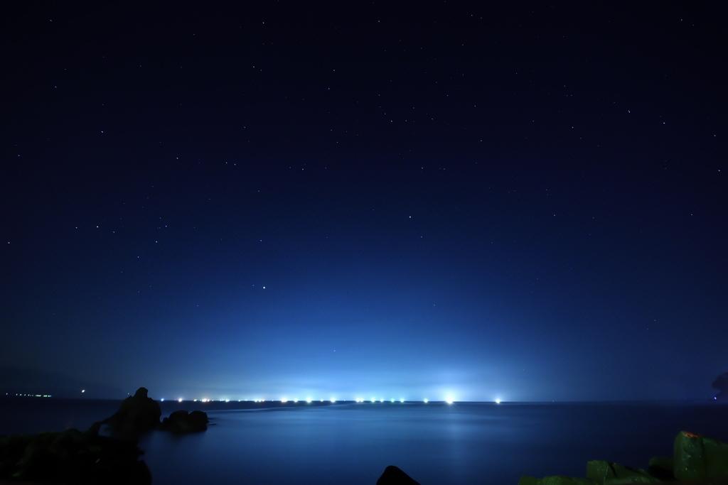 漁火の灯り