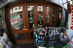 小洒落たカフェ・・!