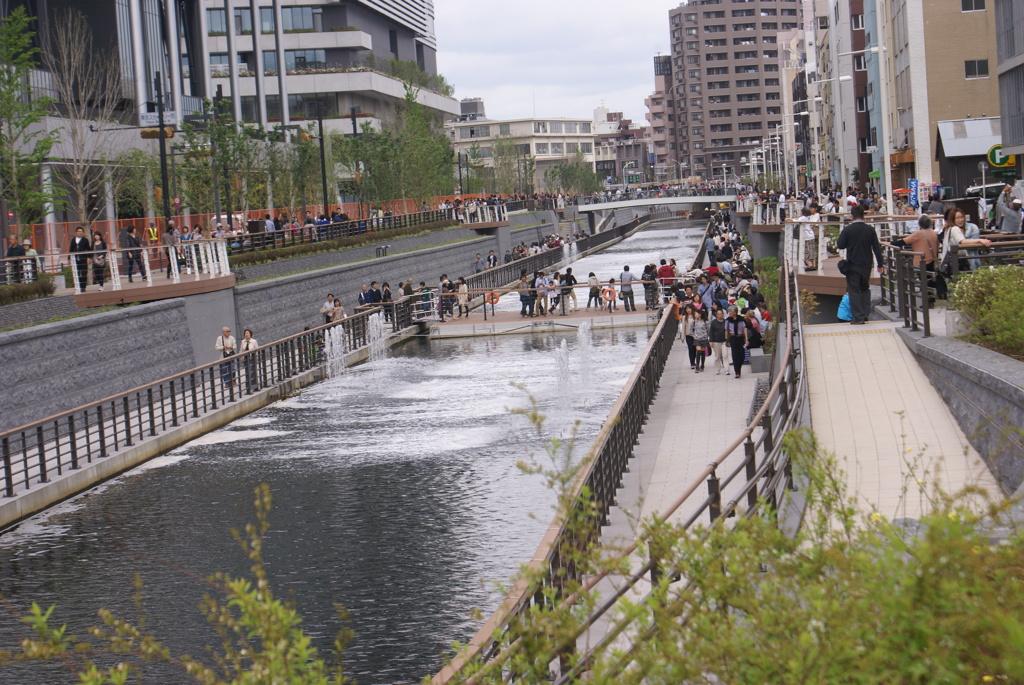 スカイツリー前の水路