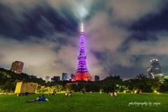 東京タワーを安室カラーに