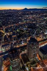 黄昏て横浜