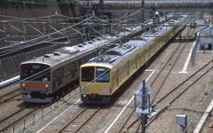 JRと西武鉄道。