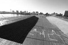 モノクロ大桟橋