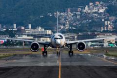 陽炎 「Boeing 777-300ER(Star Wars BB-8)」