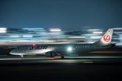 夜流し J-AIR 「Embraer ERJ-190」