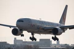 逆光 TOKYO 2020 「Boeing777-200:JA773J」