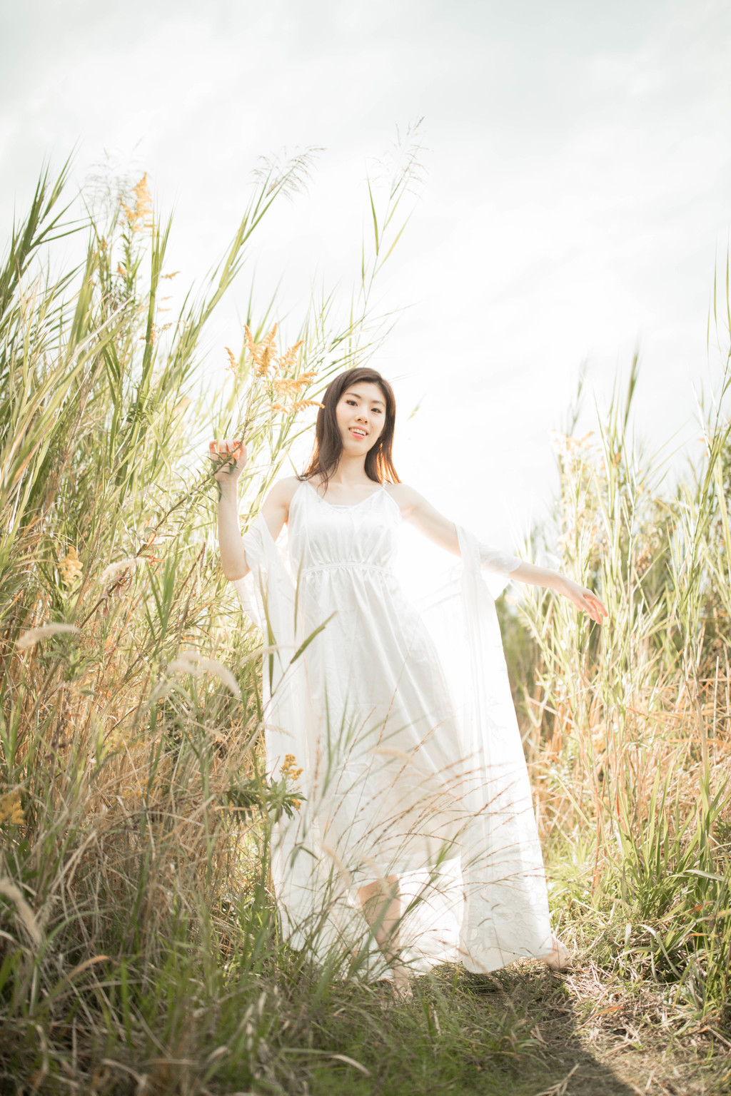 「flash and natural light」2